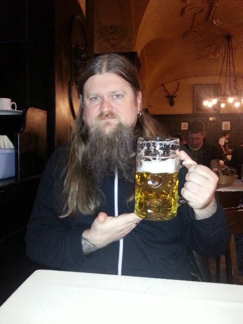 EnslavedEuropa13Se så stor og fin tysk øl _ foto Ivar