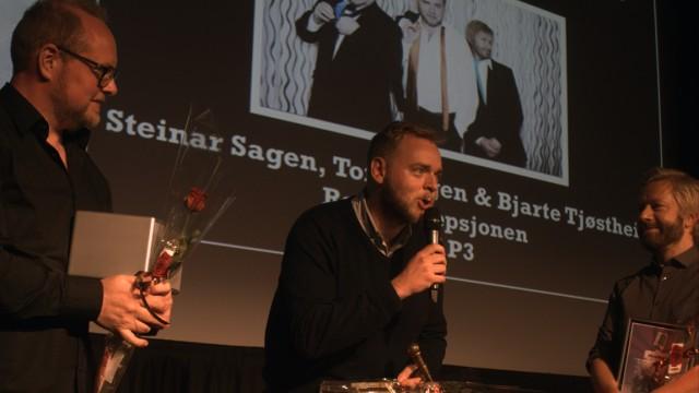 Radioresepsjonen mottar Årets radionavn-prisen 2012 (Foto: Jonas Jeremiassen Tomter, NRK P3).