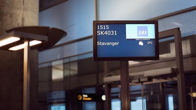 Rute SK4031 fra Oslo til Stavanger skulle gå 15.15, men var forsinket (Foto: Jonas Bødtker, NRK P3).