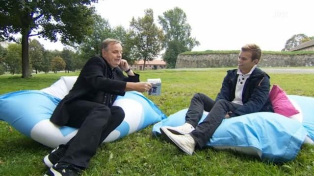 Her får jeg overlevert sexleketøy fra Kjell-Olav! (Foto: NRK)